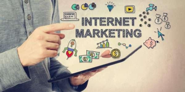 Целью интернет-маркетинга является не только увеличение сбыта, но и укрепление взаимоотношений с потребителями