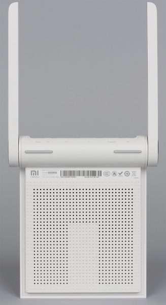 Роутер Xiaomi Mi Mini WiFi с поднятыми антеннами