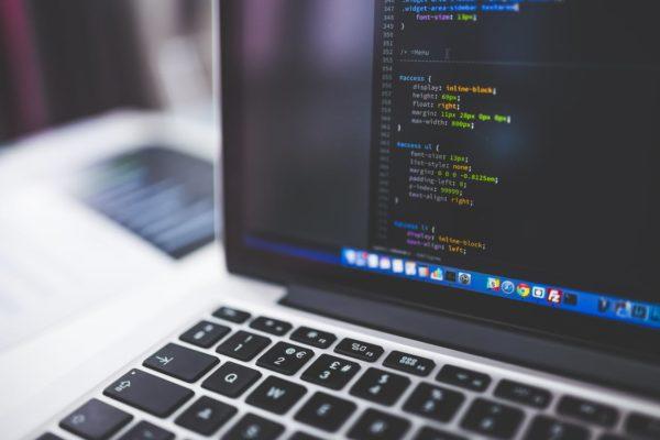 Написание кода высоко котируется в современном обществе