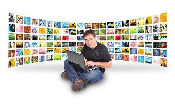 Для разработки сайта можно нанять профессионала или изучить азы программирования