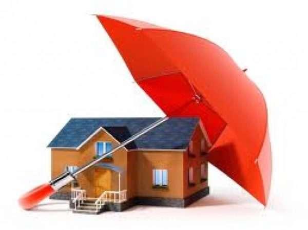 Чтобы обезопасить собственность, нужно застраховать и квартиру, имущество и ответственность перед третьими лицами