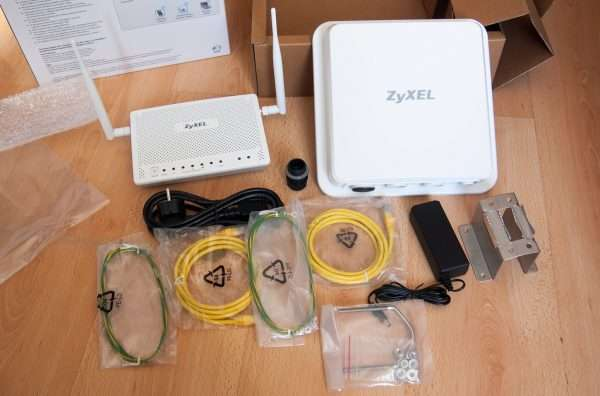 Комплект модема ZyXEL LTE6101